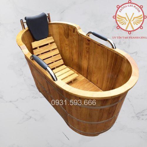 Bồn tắm gỗ Pơmu tay nắm da BTG11