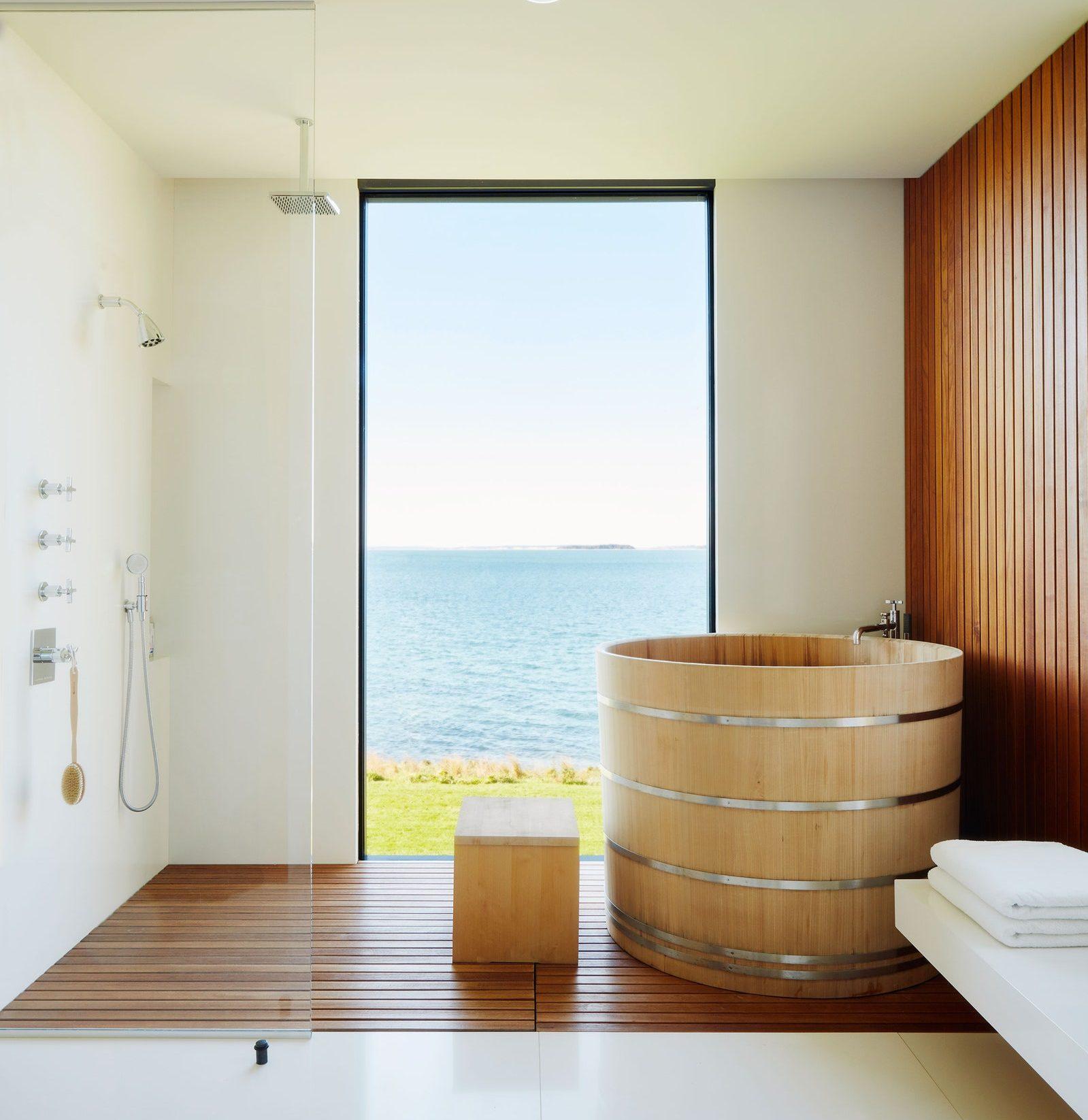 Bồn tắm gỗ kiểu Nhật