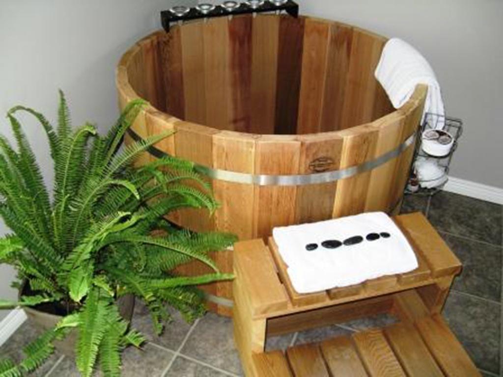 Bảo quản bồn tắm gỗ