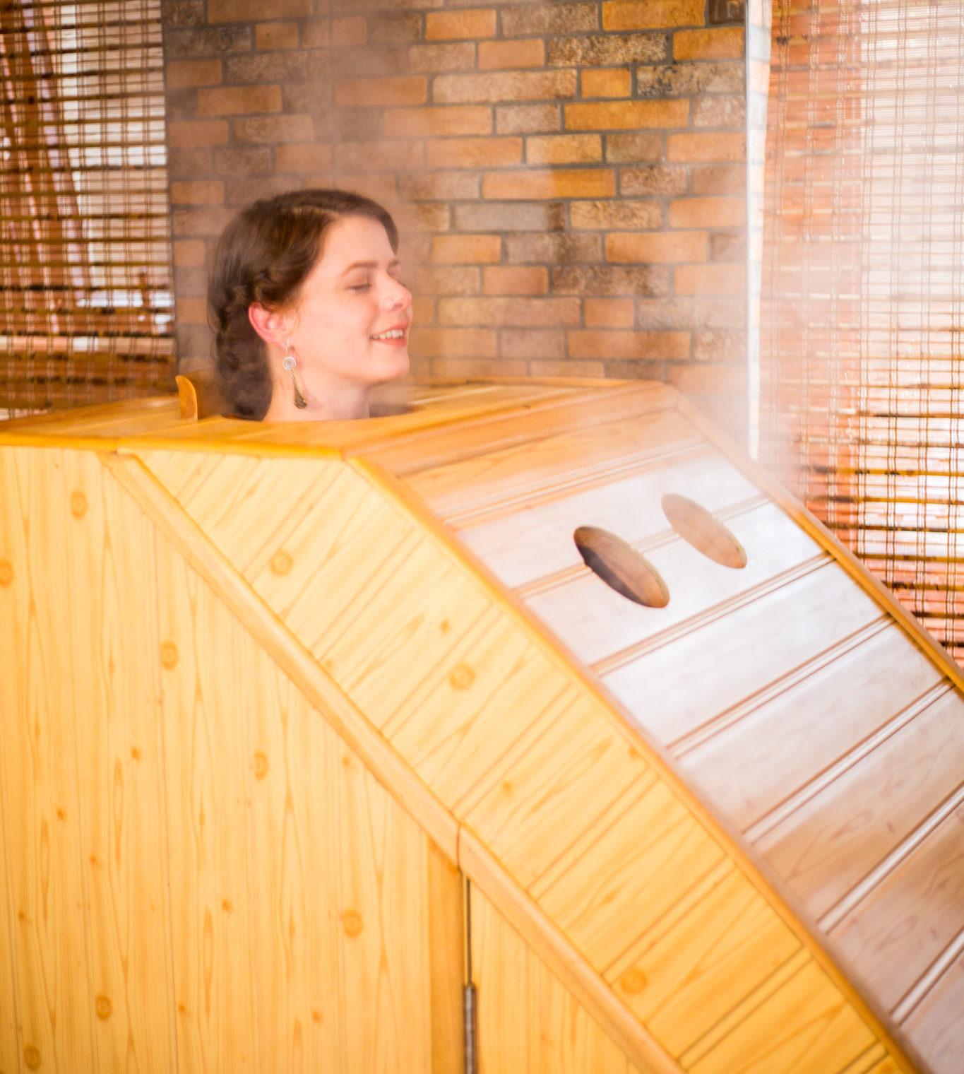 cabin xông hơi bằng gỗ