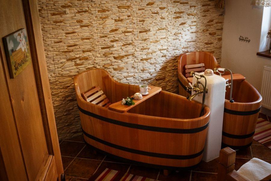 Bồn tắm gỗ TPHCM