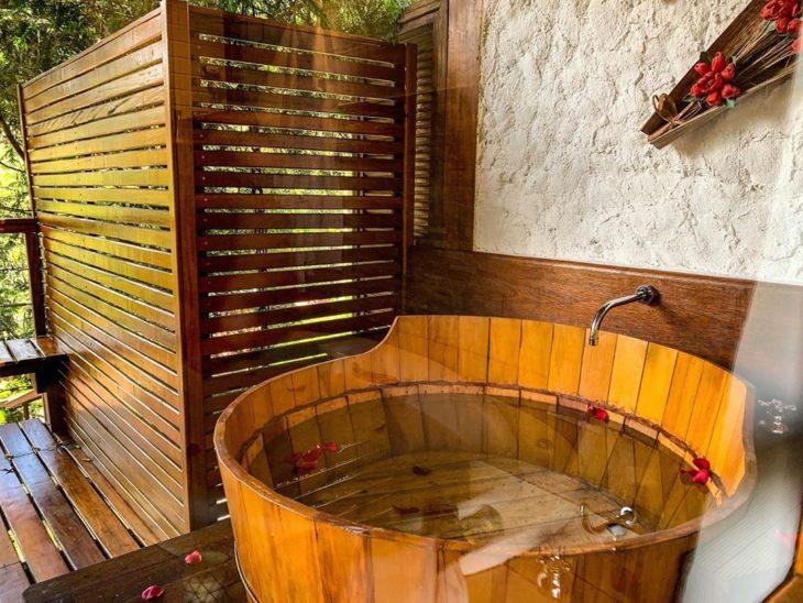 Bồn tắm gỗ cao cấp Chí Mạnh