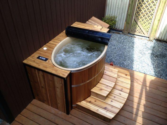 lựa chọn bồn tắm gỗ sục massage cho hiệu quả thủy trị liệu