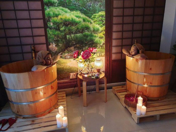 Bồn tắm gỗ - Thiết bị không thể thiếu trong dịch vụ làm đẹp và chăm sóc sức khỏe