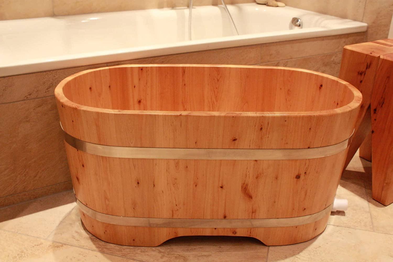 Bồn tắm bằng gỗ cho trẻ em