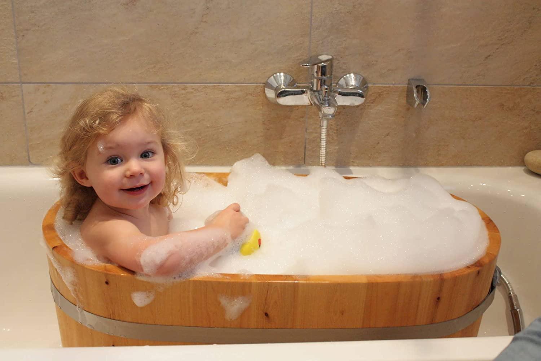 Bồn tắm gỗ em bé