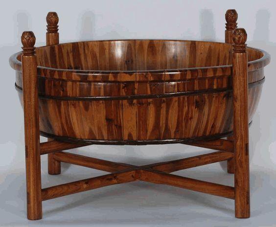bồn tắm gỗ cho bé kiểu trung kết hợp bàn cafe