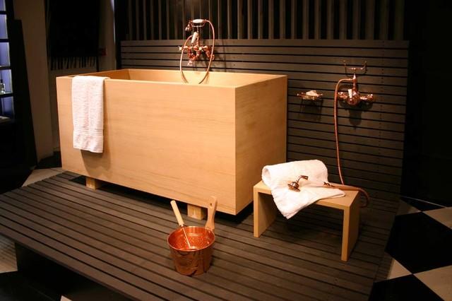 Bồn tắm gỗ ofuro