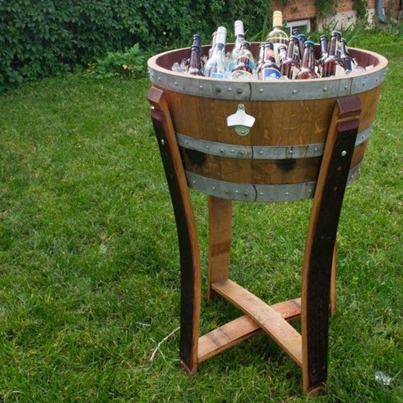 Tái sử dụng thùng rượu gỗ sồi làm thùng ướp lạnh