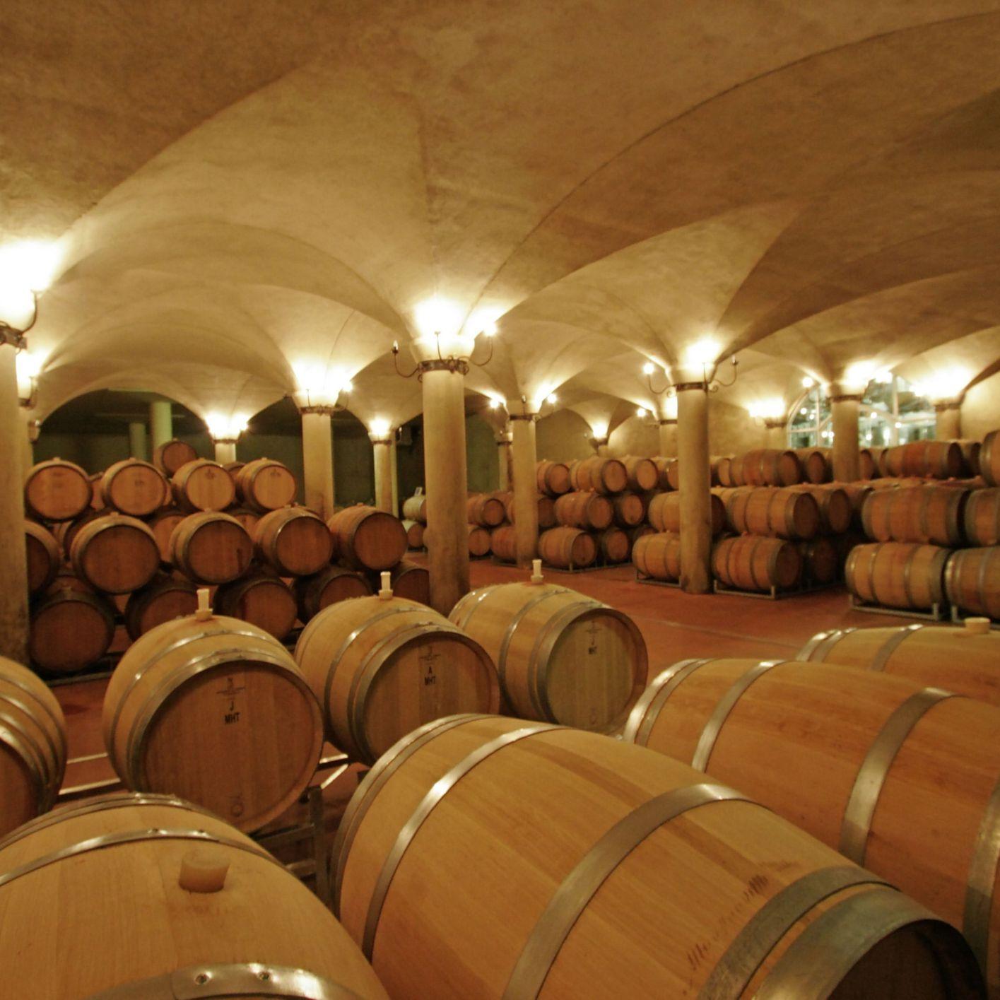 bảo quản thùng ngâm rượu bằng gỗ sồi