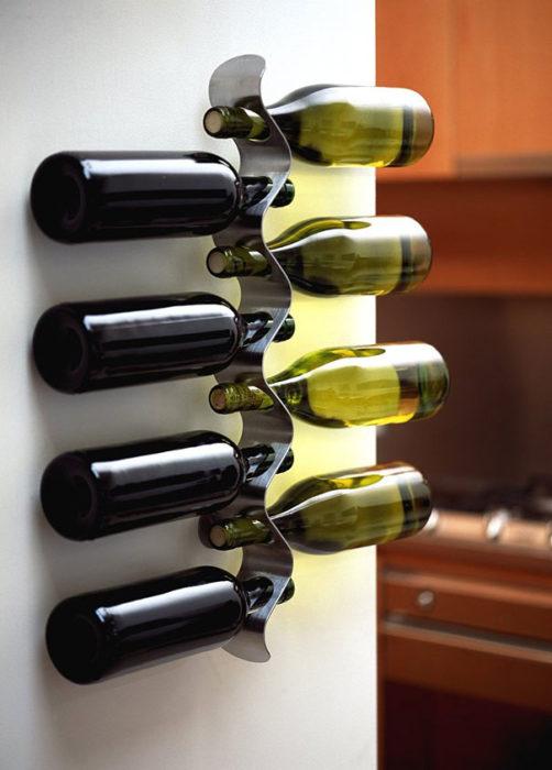 Giá rượu nằm ngang