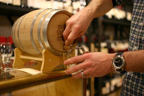 Những Thùng gỗ sồi đựng rượu từ 1L - 3L mini cực kool