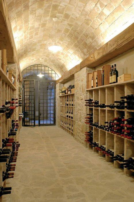 Thiết kế tầng hầm rượu
