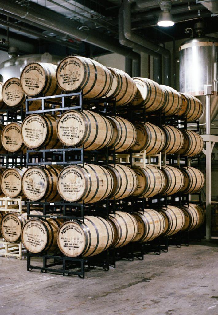 Thùng rượu gỗ sồi: Bí quyết làm nên thương hiệu nổi tiếng